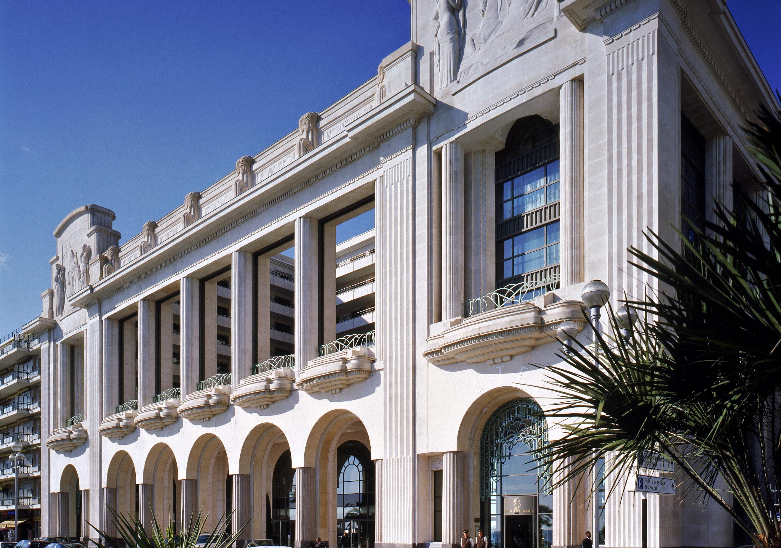 Visite du palais de la m diterran e un h tel 100 for Hotels 2 etoiles nice